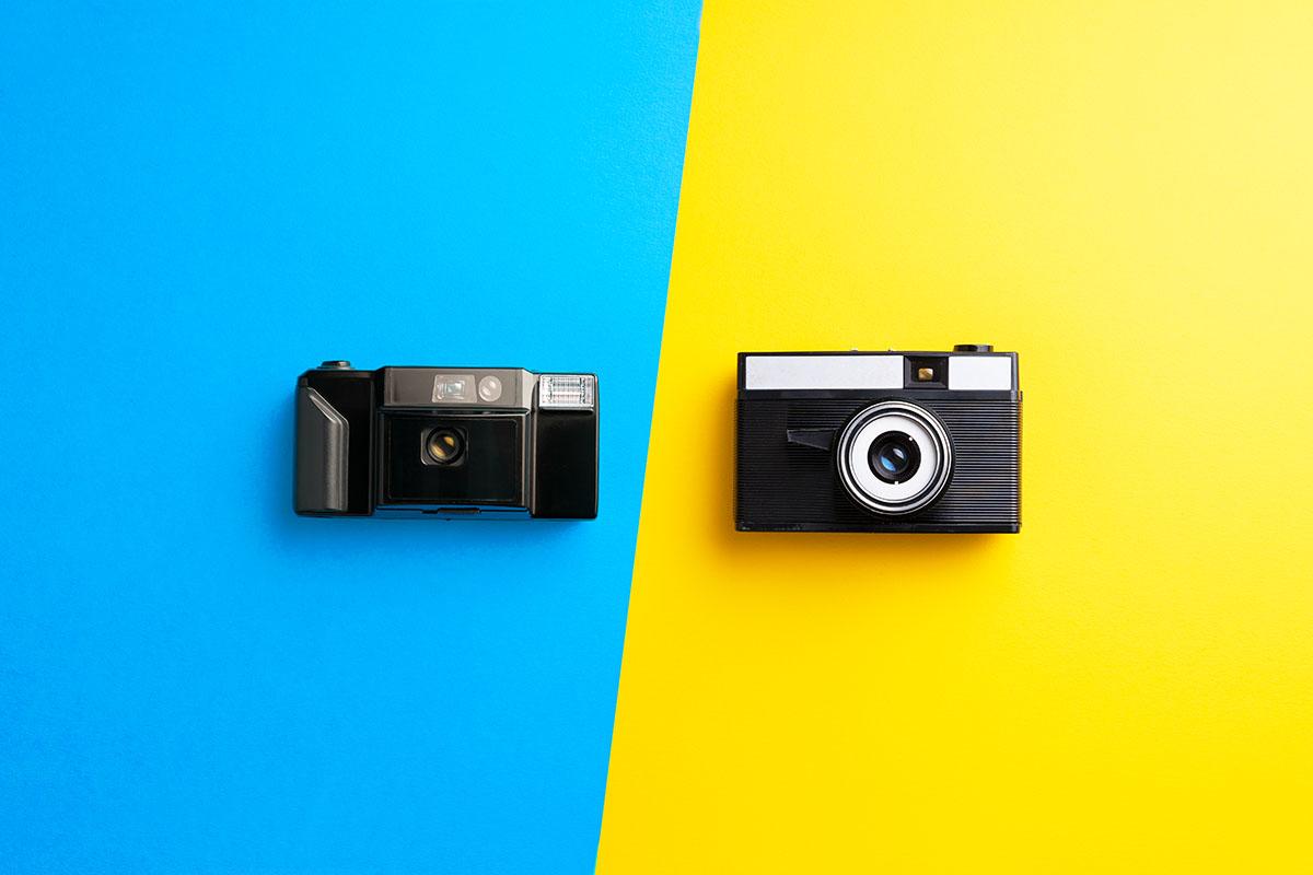 multiple-vintage-cameras-28SKZAB.jpg